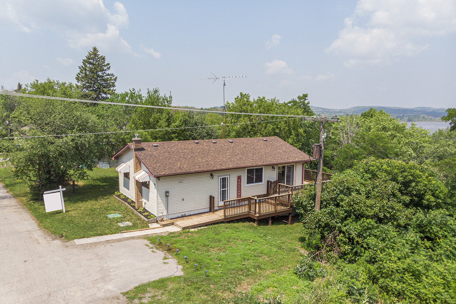 Bewdley Bungalow with Views of Rice Lake